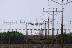 机场以后的马拉加飞机 库存照片