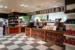 机场咖啡馆 免版税库存照片
