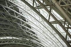 机场大厅的屋顶 库存图片