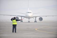 机场工作者信号 库存图片