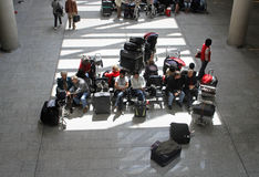 机场搁浅的乘客011 库存图片
