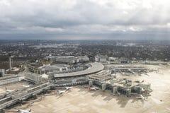 机场杜塞尔多夫-鸟瞰图 免版税库存照片