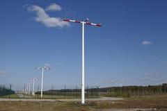 机场法兰克福(德国) - Baeconing帆柱 免版税图库摄影