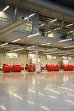机场空的大厅 免版税库存图片
