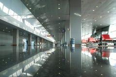 机场等待的休息室。 免版税库存图片