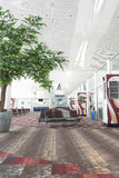 机场等待的休息室 免版税库存照片