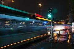 机场箭头绿灯符号 免版税图库摄影