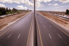 机场路在阿曼 库存图片