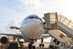 机场迪拜飞机 库存照片