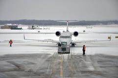 机场雪风暴 免版税库存图片