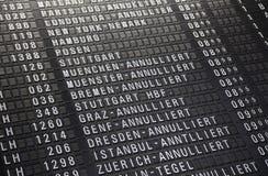 机场timeboard 免版税库存图片