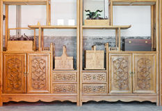 机柜中国传统木 免版税库存图片