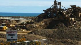 机械的宽射击在一个明堑的金矿的 影视素材