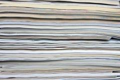 杂志被堆积的纹理 免版税库存照片
