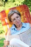 杂志读取 库存照片