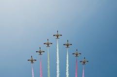 杂技形成-在马拉加的飞机 免版税库存照片