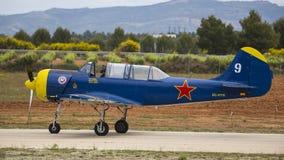 杂技西班牙冠军2018年,雷克纳巴伦西亚,西班牙junio 2018年,飞行员哈维尔阿莫尔,飞机亚克52 库存照片