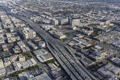 洛杉矶跨境10条高速公路天线 库存照片