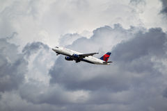 达美航空空中客车A320-212 免版税库存图片