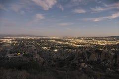 洛杉矶黄昏的西部圣费尔南多谷 库存照片