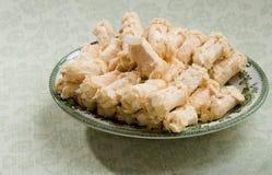 杏仁饼蛋白甜饼 库存图片