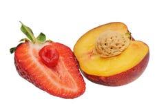 杏子半草莓 免版税库存照片