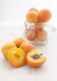 杏子瓶子 免版税库存图片