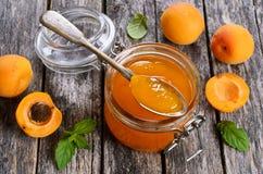 从杏子的果酱 免版税库存照片