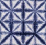 材料被洗染的蜡染布 Shibori 免版税库存照片