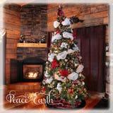 村庄圣诞树和壁炉美好的instagram  库存照片