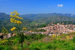 村庄在西西里岛 库存图片