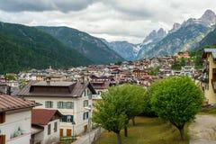 村庄在阿尔卑斯 库存图片
