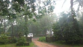 村庄在雨中 免版税库存照片