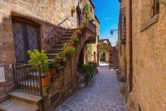 村庄奇维塔二巴尼奥雷焦在意大利 库存图片