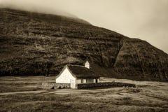村庄教会在Saksun,法罗群岛,丹麦 库存照片