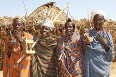 村庄的非洲人民 免版税库存图片