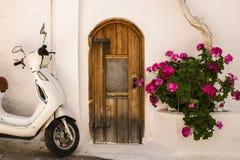 村庄议院在克利特,希腊 免版税库存图片