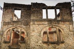 村庄邮局的遗骸跟随massac的废墟的 免版税库存图片