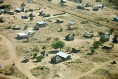 村庄鸟瞰图在南苏丹 免版税库存照片