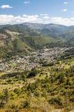 村庄鸟瞰图在法国 免版税库存照片