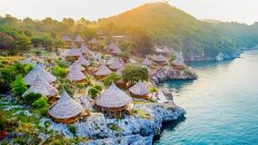村庄鸟瞰图在Si张海岛,泰国上的 免版税库存图片