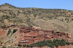 村庄Asni在国家公园图卜卡勒峰在摩洛哥 库存图片