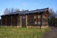 村庄Kargopol区(19世纪末)的家码 免版税图库摄影