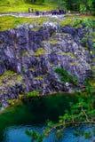 村庄Ruskeala, Sortavala,卡累利阿共和国,俄罗斯, 2016年8月14日:山公园,大理石峡谷 免版税库存图片