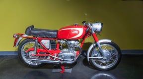 1965年杜卡迪250马赫1 motercycle 免版税库存图片