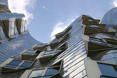 杜塞尔多夫,德国, Neuer Zollhof,在弗兰克O不锈钢的未来派大厦  gehry 免版税库存图片