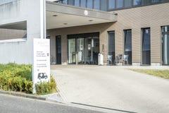 杜塞尔多夫,德国- 2017年9月04日:将完成弗罗伦斯・南丁格尔医院的新的大厦  图库摄影