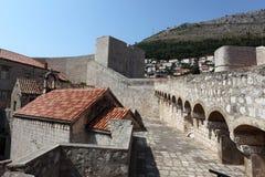 杜布罗夫尼克市筑了堡垒于墙壁 库存照片