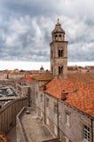 杜布罗夫尼克老镇在风暴日,克罗地亚 免版税库存图片