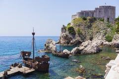 杜布罗夫尼克-亚得里亚海的海岸的珍珠 免版税库存照片